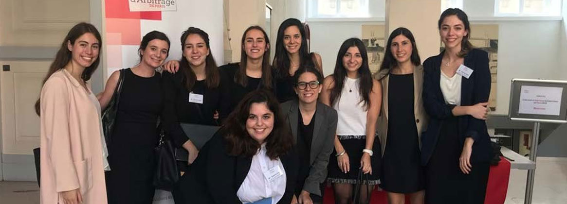 Imagen de la noticia Histórica actuación de un equipo de la Facultad de Derecho