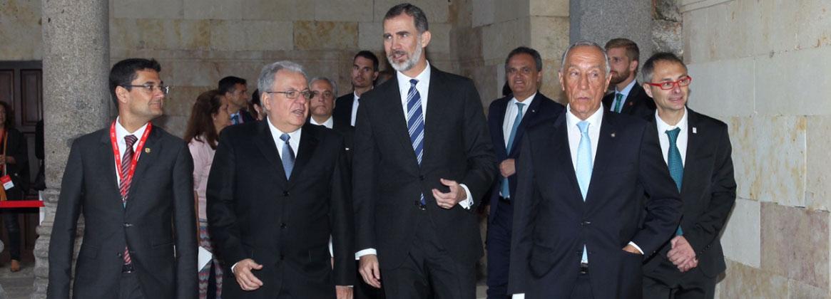 Imagen de la noticia >Alberto Barbieri presidió el encuentro de rectores de la Red Universia