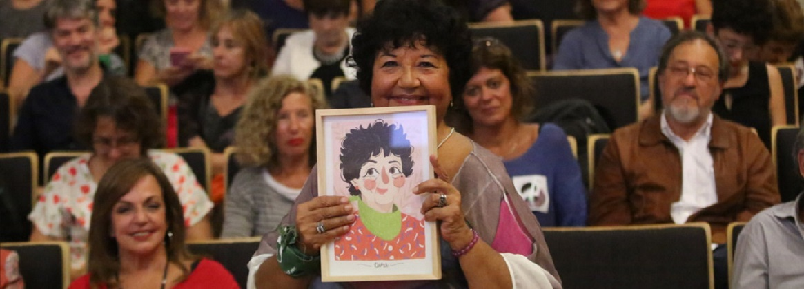 Imagen de la noticia >La UBA homenajeó a Dora Barrancos