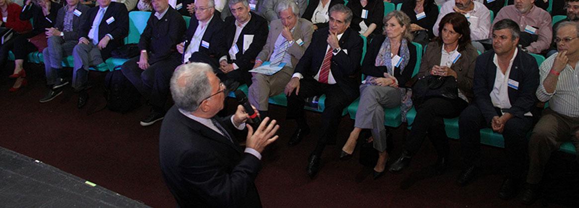 Imagen de la noticia >Discurso del rector Barbieri en la Asamblea Universitaria