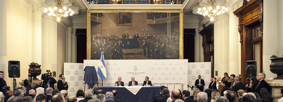 """Imagen de la noticia El Rector fue distinguido con la """"Mención de Honor Domingo F. Sarmiento"""""""
