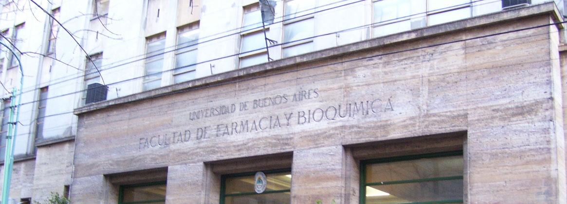 Imagen de la noticia >Aniversario de la Facultad de Farmacia y Bioquímica
